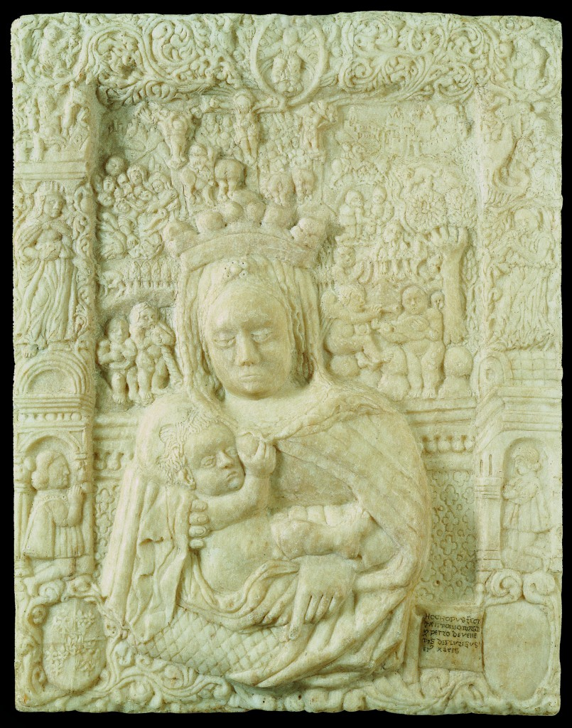 Fig. 1, Antonio di Pietro da Venezia, Madonna col Bambino, circa 1465 circa-1471, marmo, Ferrara, Museo della Cattedrale, inv. MC038